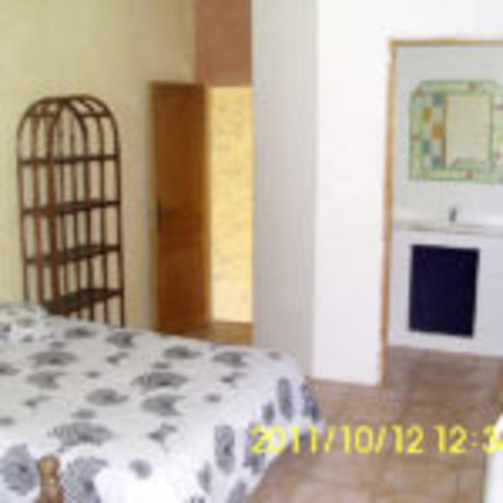 2_room_upper-floor01